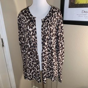 Old navy cheeta cardigan